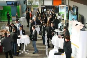 http://www.zheadquarter.de/w2pforum/2009/11/06/fur-den-kunden-denken-web-to-print-schafft-neue-druckmarkte/